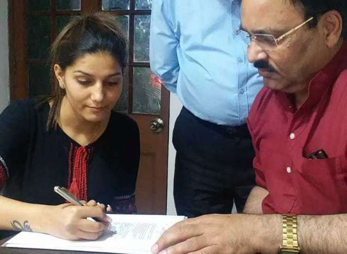 sapna choudhary join congress- India TV