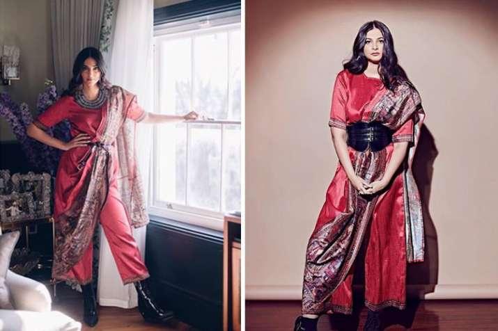 Sonam kapoor or Rhea Kapoor Look- India TV