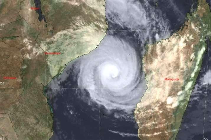 cyclone- India TV