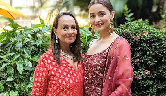 सोनी राजदान- India TV