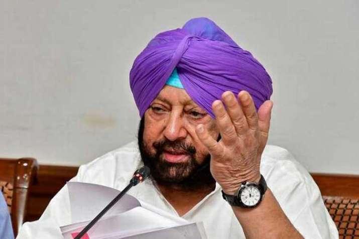 Punjab CM & Congress leader Captain Amarinder...- India TV