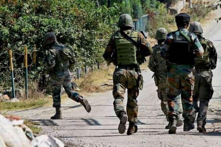 अनंतनाग में आतंकियों के साथ सुरक्षाबलों की मुठभेड़, जैश का नेतृत्व संभालने से कतरा रहे आतंकी- India TV