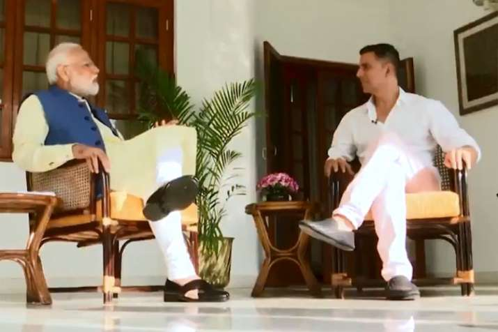 Image result for narendra modi with akshay kumar