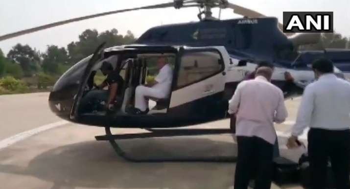 Election Commission flying squad checks luggage of BJP leader BS Yeddyurappa- India TV