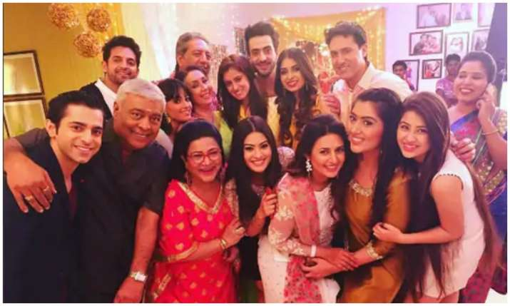 Ye hai mohabbatein team- India TV