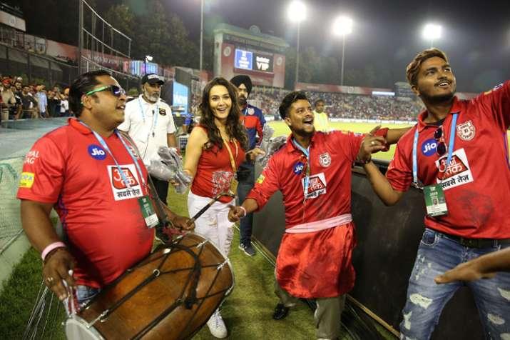 IPL 2019: Watch Kings XI Punjab hero Sam Curran doing Bhangra with Preity Zinta after claiming match- India TV