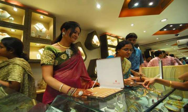 gold price surged- India TV Paisa