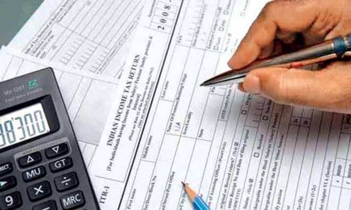 While ITR filing do not make these 5 mistakes - India TV Paisa