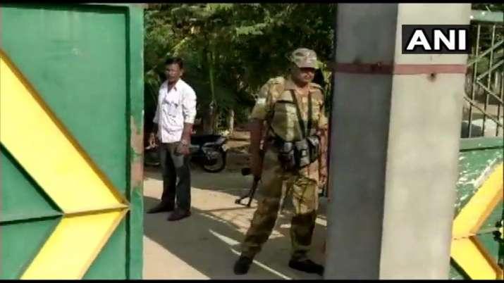 मांड्या, हासन जिलों में जद(एस) से जुड़े लोगों के ठिकानों पर आयकर विभाग की छापेमारी- India TV