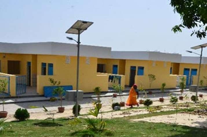जयापुर की ग्राउंड रिपोर्टः जानें पीएम मोदी के गोद लिए गांव से क्या मिलेगा वोट सारा?- India TV