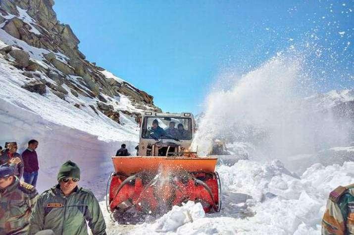 Srinagar-Leh Highway opens- India TV
