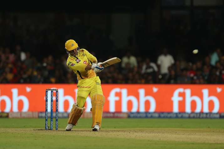 MS Dhoni become the first indian player who hit 200 sixes in ipl- India TV