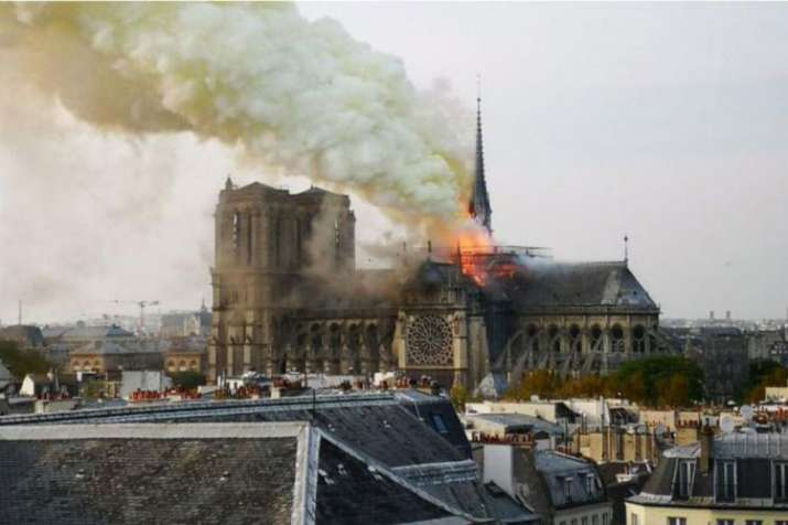 Paris: Massive fire breaks out at historic Notre-Dame cathedral, spire collapses- India TV