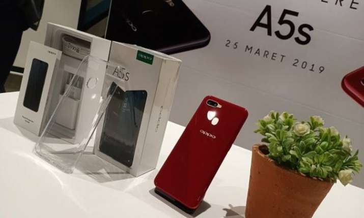 OPPO unveils the new A5s with a water drop screen - India TV Paisa