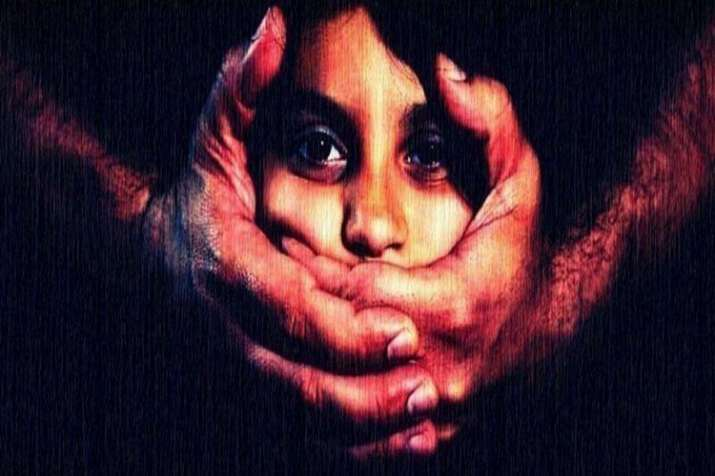 Bandipora shocker! Girl allegedly raped by father, commits suicide- India TV