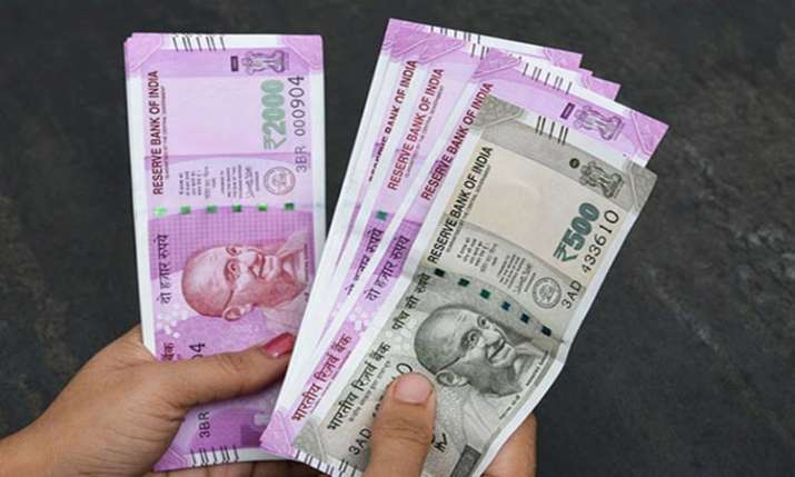 Rupee snaps 3-day losing streak- India TV Paisa