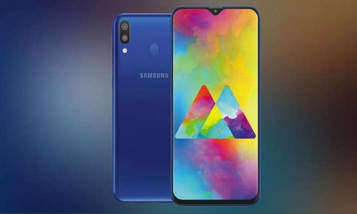 Samsung Galaxy A20- India TV Paisa
