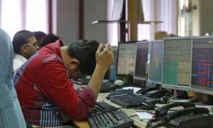 Sensex slumps 324 pts; Nifty drops below 11,650 on F&O expiry - India TV Paisa