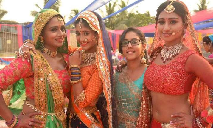 'ये रिश्ता क्या...- India TV
