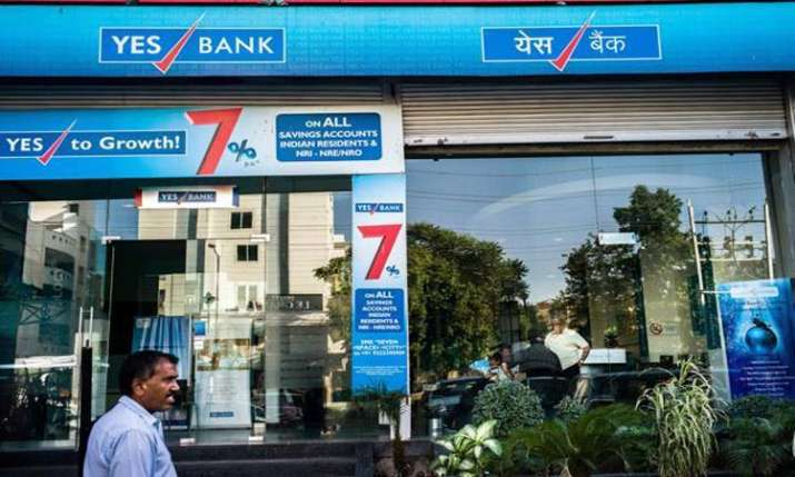 Yes Bank books loss of Rs 1,506 cr in Q4- India TV Paisa