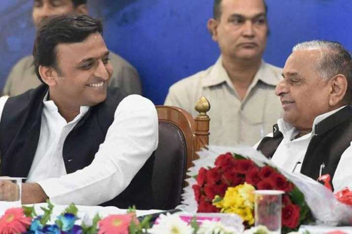 akhilesh yadav and mulayam singh yadav- India TV