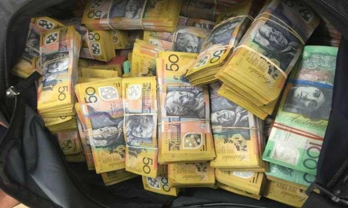 Australian $50 note typo, spelling mistake printed 46 million times- India TV Paisa
