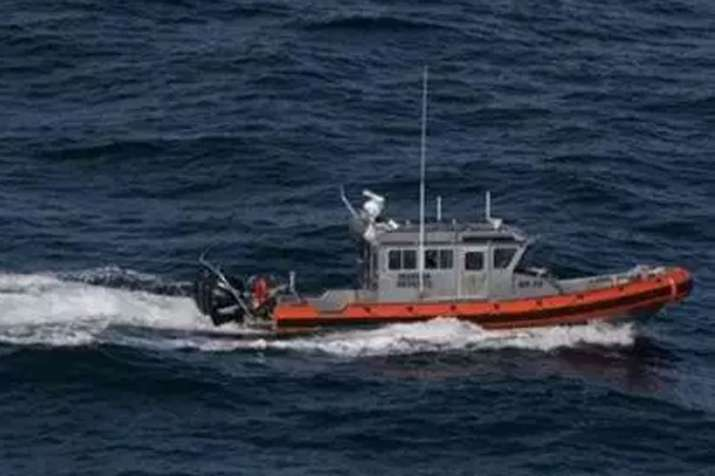 One dead, 3 missing after migrant boat capsizes at US-Mexico border | AP Representational- India TV