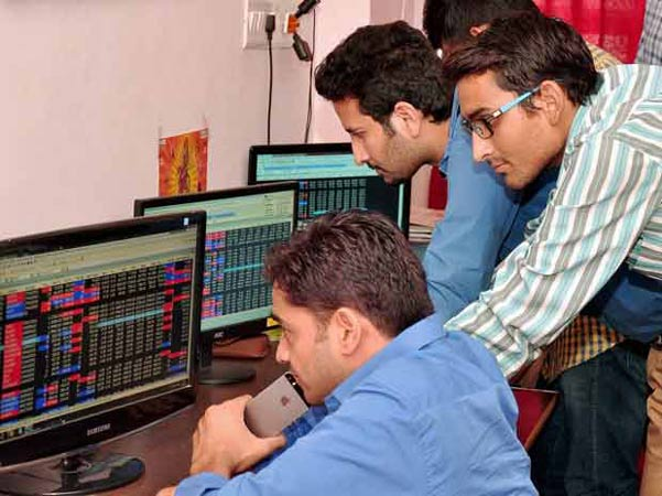 Sensex vaults 1,422 pts as exit polls predict NDA win- India TV Paisa