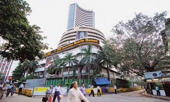Market halts 9-day losing streak; Sensex spurts 227 pts- India TV Paisa