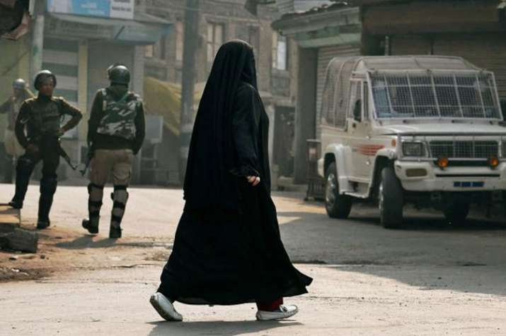 Shiv Sena asks government to ban burqa in India | PTI File- India TV