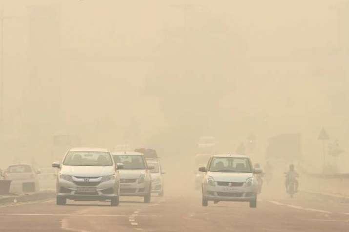 दिल्ली में हवा की गुणवत्ता 'गंभीर' श्रेणी में, सीपीसीबी ने बुलाई आपात बैठक- India TV