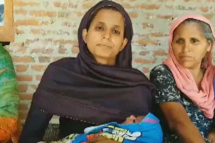 दुबई में रहने वाले भारतीय ने अपने नवजात शिशु का नाम 'नरेंद्र मोदी' रखा- India TV