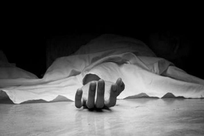 Sub Inspector shot dead himself by his service revolver...- India TV