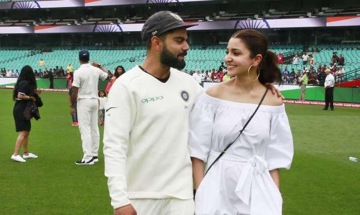 विराट कोहली और पत्नी अनुष्का शर्मा- India TV
