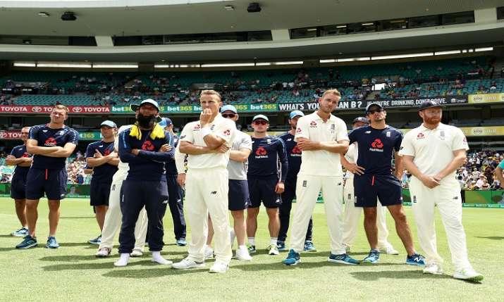 इंग्लैंड- India TV