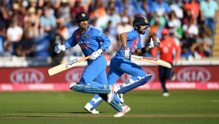 Team management should give Dhoni freedom to attack from start: Harbhajan- India TV