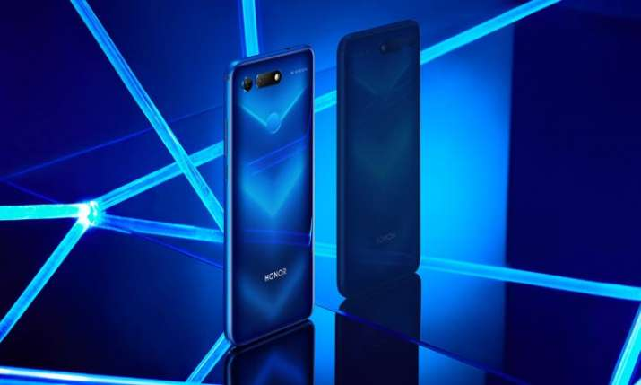 Honor 20 Pro coming with punch-hole display- India TV Paisa