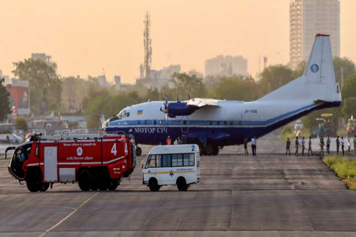 Indian Air Force fighter jets force an Antonov AN-12 heavy cargo plane coming from Pakistani Air spa- India TV