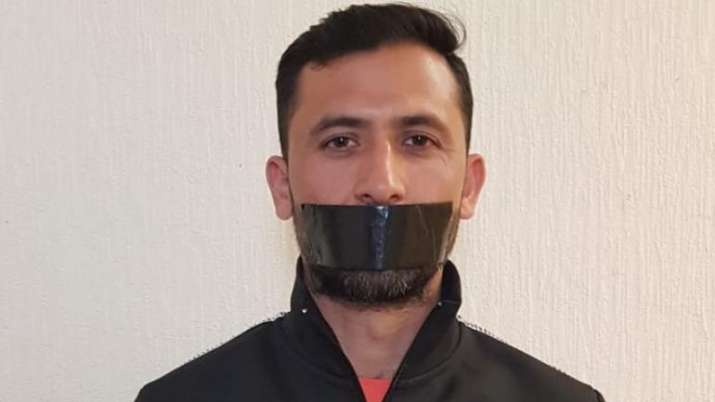 Junaid Khan protested to take him out of World Cup Squad by clamping a black bar on his face- India TV