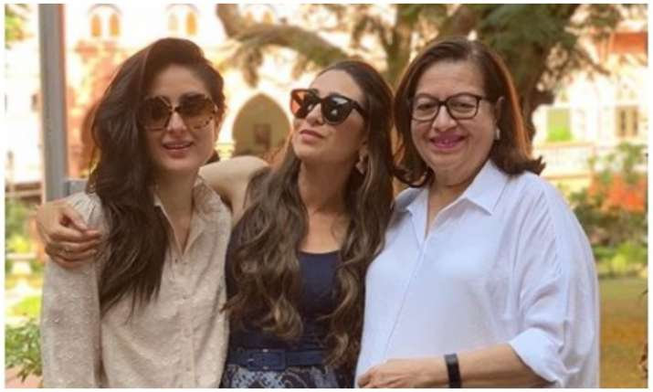 Kareena kapoor khan with family- India TV