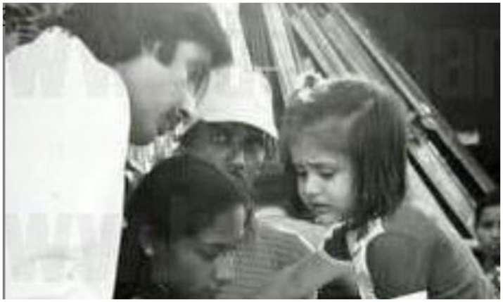 Amitabh Bachchan throwback Photo- India TV