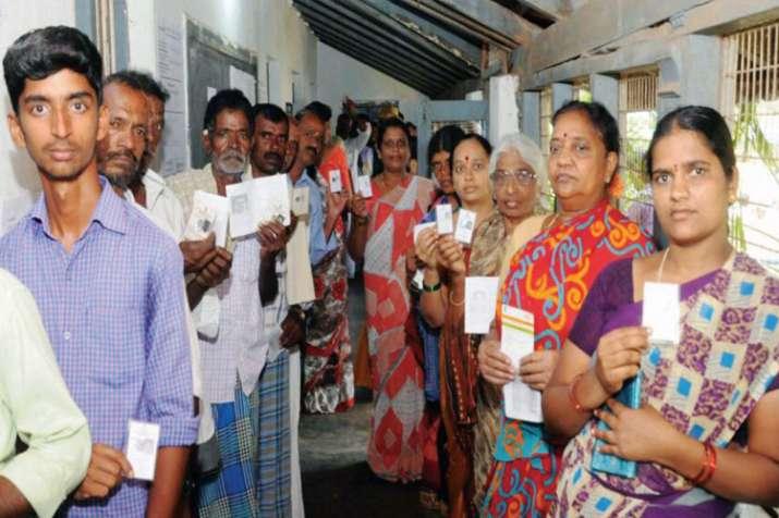 जद (एस) के कार्यकर्ताओं ने मैसुरु तथा अन्य जगहों पर भाजपा के लिए वोट किया: देवगौड़ा- India TV
