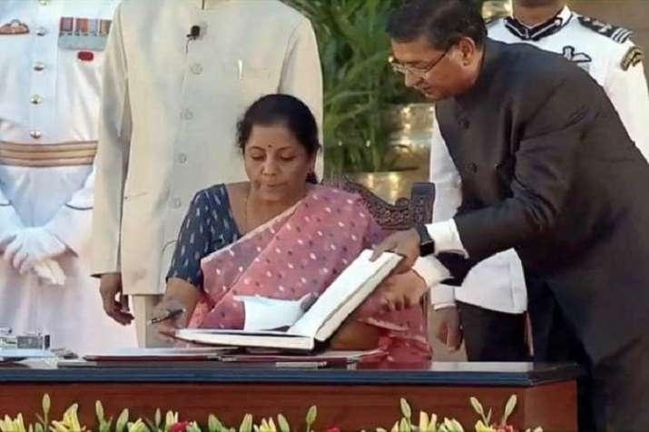 nirmala sitharaman new finance minister of india- India TV Paisa