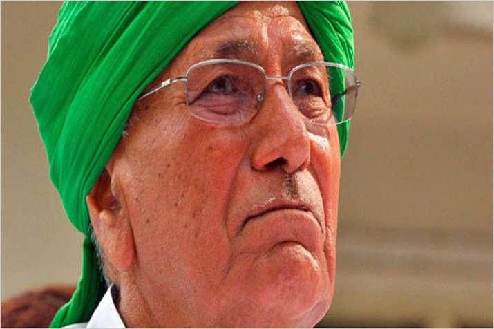 ED attaches immovable property worth Rs 1.94 Crore of Om Prakash Chautala- India TV