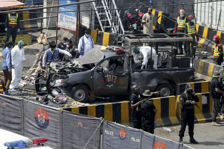 Pakistan: 8 including five policemen killed, 25 injured in suicide blast outside Data Darbar | AP- India TV