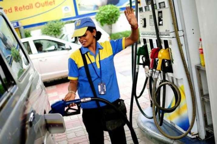 Petrol, diesel prices slashed on Thursday   PTI File- India TV Paisa