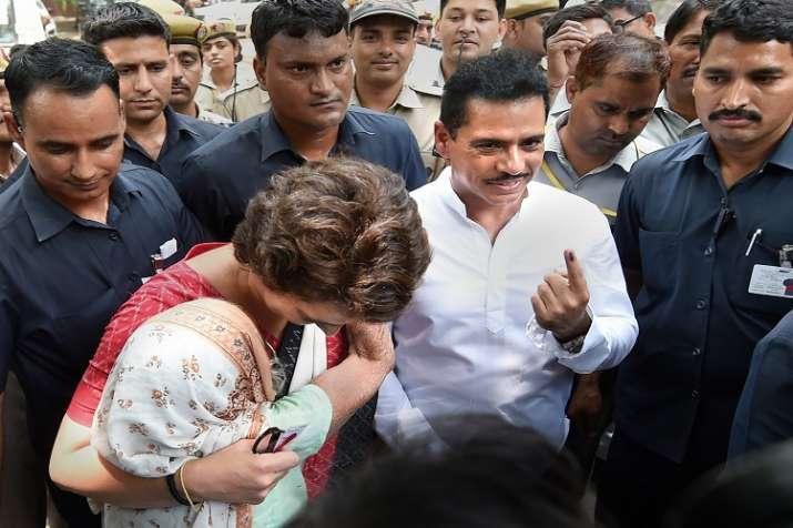 प्रियंका गांधी ने...- India TV