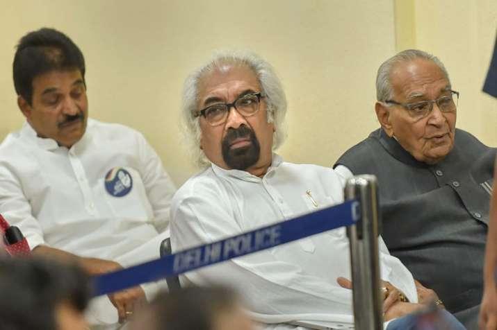 Rahul Gandhi is not 'pappu', says Sam Pitroda- India TV