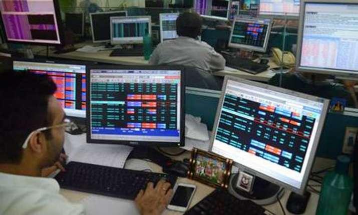 Sensex plummets 487 pts to close below 38,000-mark- India TV Paisa