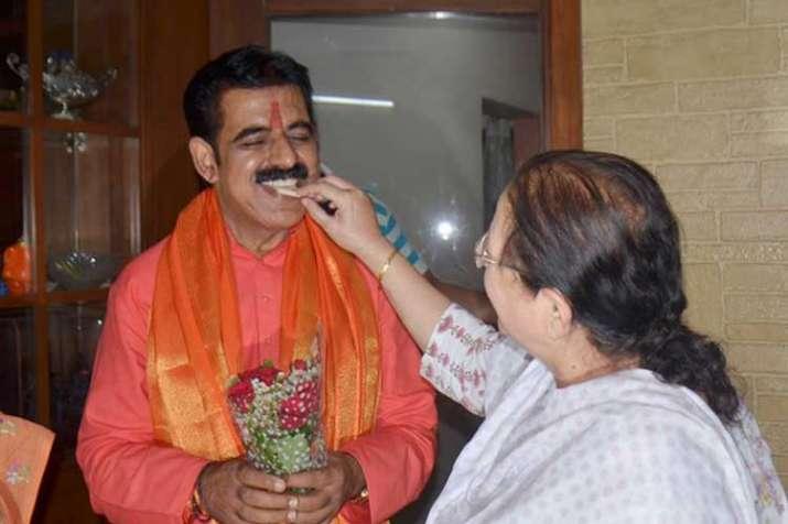 shankar lalwani and sumitra mahajan- India TV